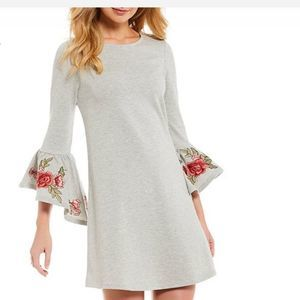Cupio Grey Dress Bell embroidered Sleeves